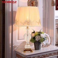 Mode französisch rustikale hochzeit geschenk prinzessin court royal stoff lampenschirm harz dekoration tischlampen für schlafzimmer