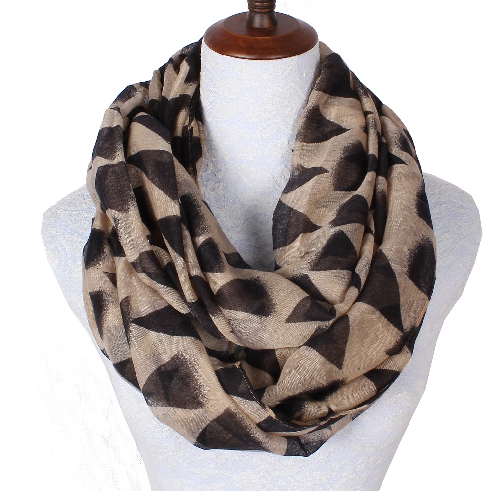 2018 New Fashiion Scarfs For Women Lightweight Infinity Polyester Ring Geometric Triangle Printing Beige Lightweight Scarves