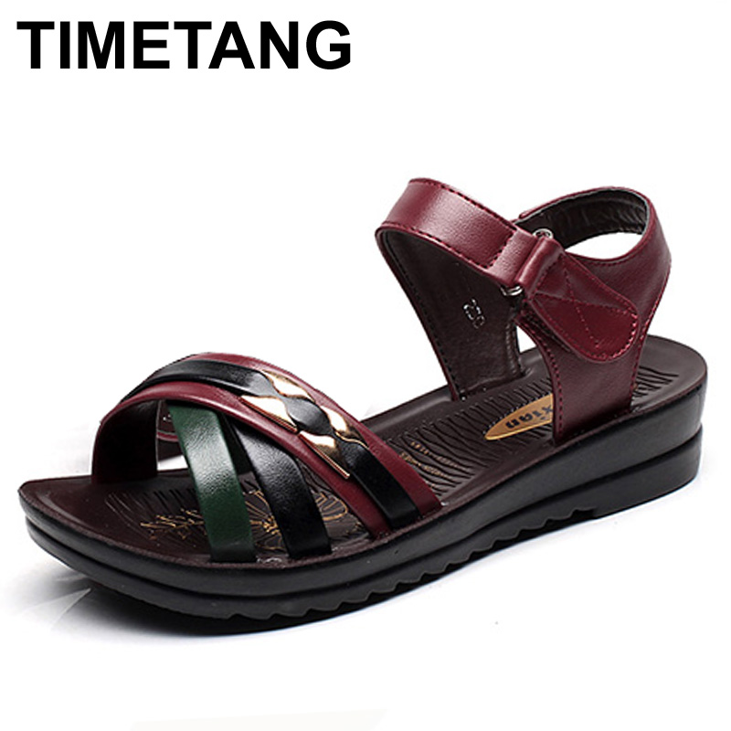 TIMETANG Summer new mother Leather sandals large size soft soled Style woman sandals casual comfortable grandmother flat sandals timetang 2017 leather gladiator sandals comfort creepers platform casual shoes woman summer style mother women shoes xwd5583