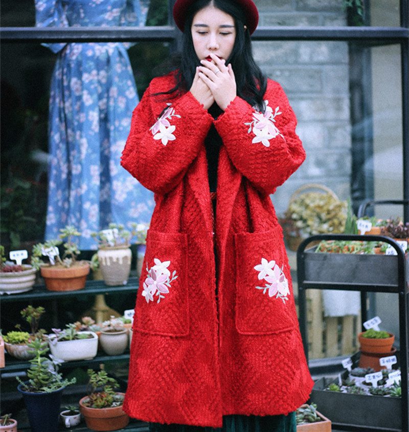 MX Winter New Arrival Vintage&Retro Women Loose Plus Size Coarse Woolen Knitted Flower Applique Color Red Woollen Coats
