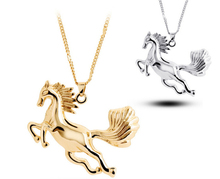 New Fashion Shining Rhinestone Cute Horse Pendant For Women Necklace Fashion Jewelry