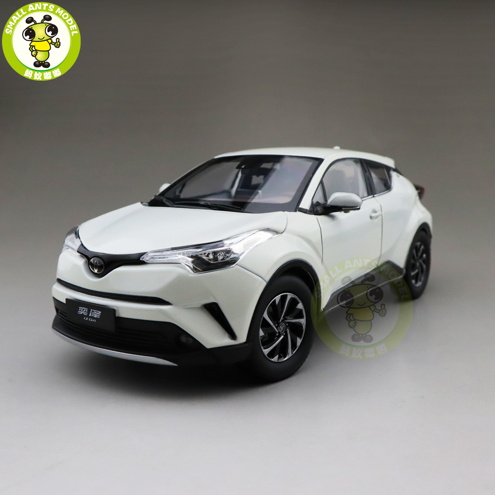 1/18 IZOA Diecast SUV Car Model TOYS KIDS Boys Girls Gifts White