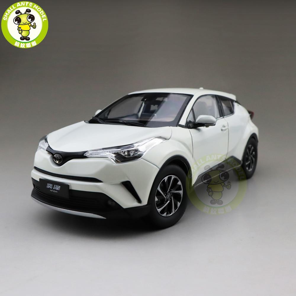 1/18 IZOA Diecast SUV Car Model TOYS KIDS Boys Girls Gifts White