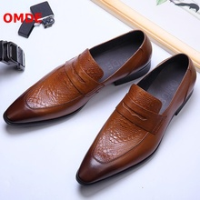 купить OMDE Summer Genuine Leather Pointed Toe Loafers Luxury Handmade Slip On Dress Shoes Men Formal Shoes Breathable Office Shoes дешево