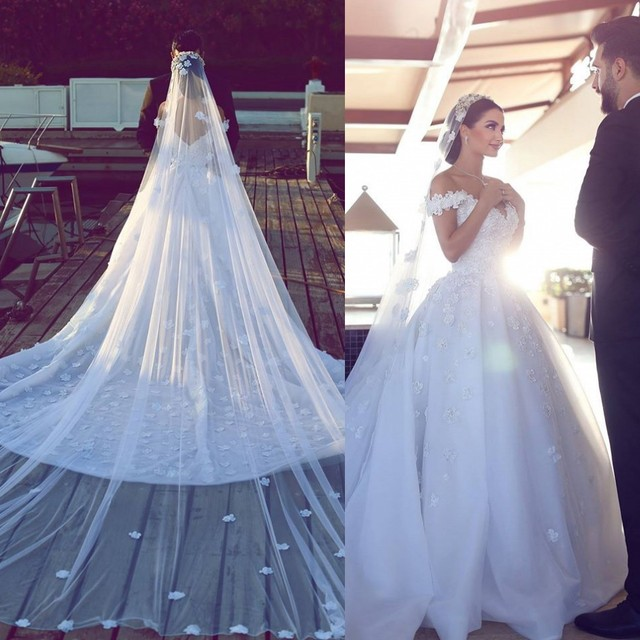 Romantic Flower Handmade Wedding Dresses Lebanon Double V neck Open ...