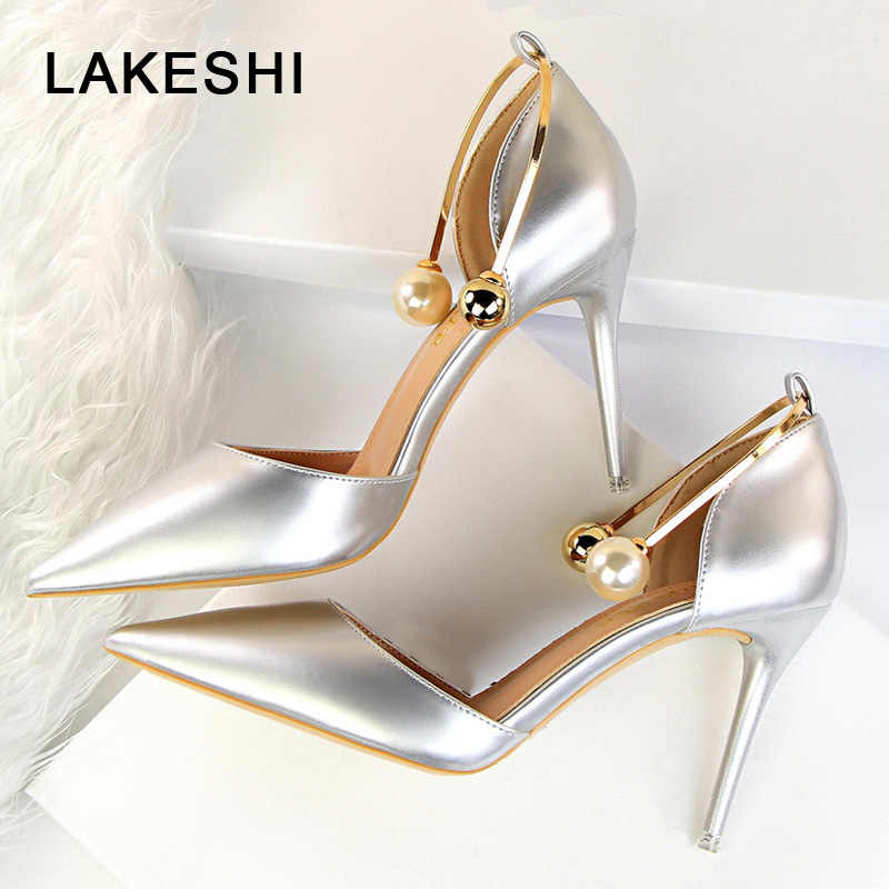 LAKESHI Moda Inci Metal Dekorasyon Kadın Ayakkabı Pompaları Beyaz Gümüş Seksi Yüksek Topuklu Sivri Burun Stiletto Kadın Topuk Ayakkabı