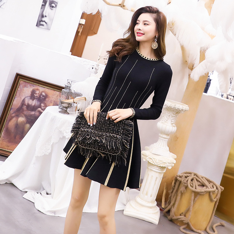 Knitted Dress 2019 Spring Autumn Casual Long Sweater Dress Women O-Neck Golden Patchwork Long Sleeve Black Red Party Club Dress