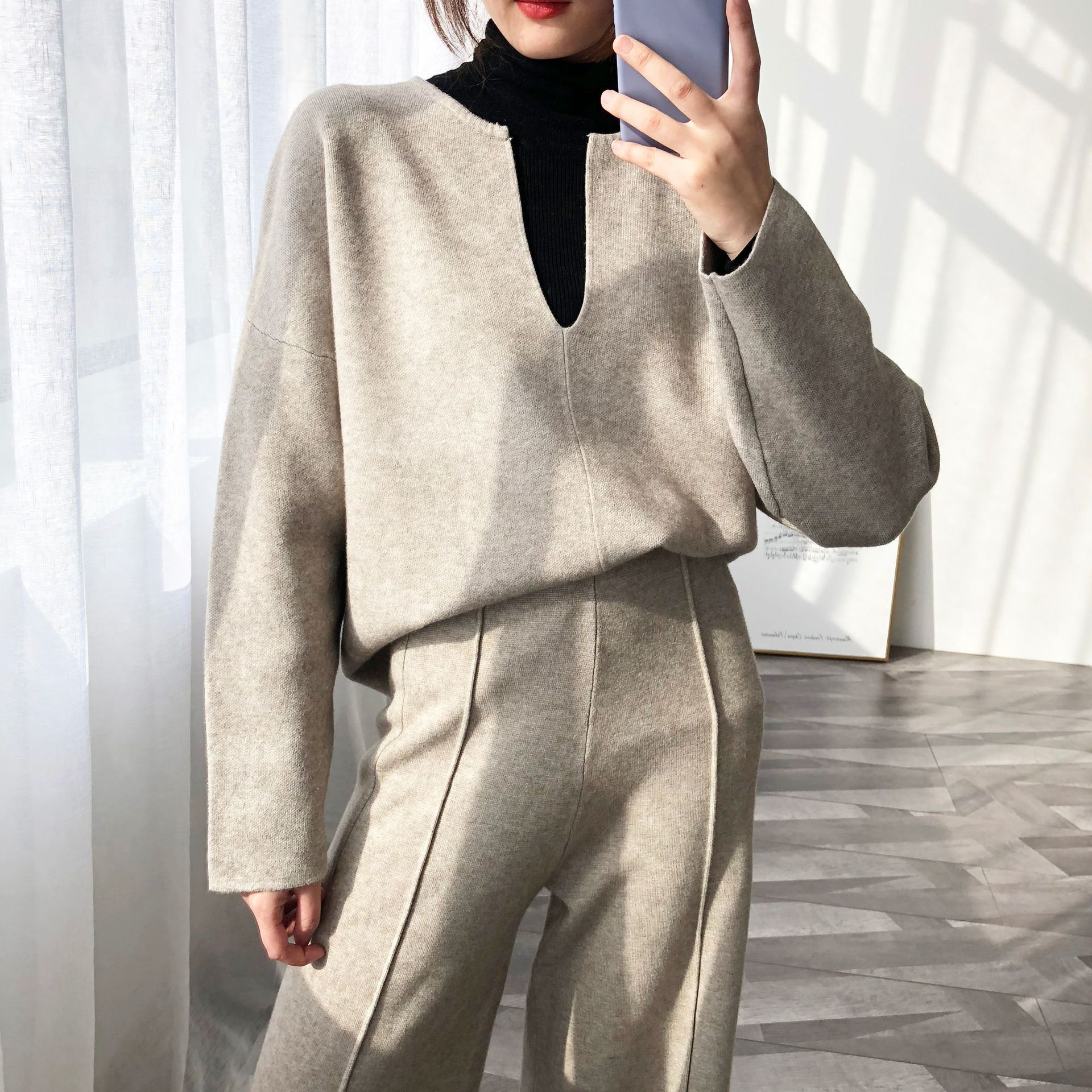 V Neck Winter Woman Sweater Knitted Pullovers Long Sleeve Loose Vintage Sweater Female Jumper Knitwear  Korean Style SA059S50(China)