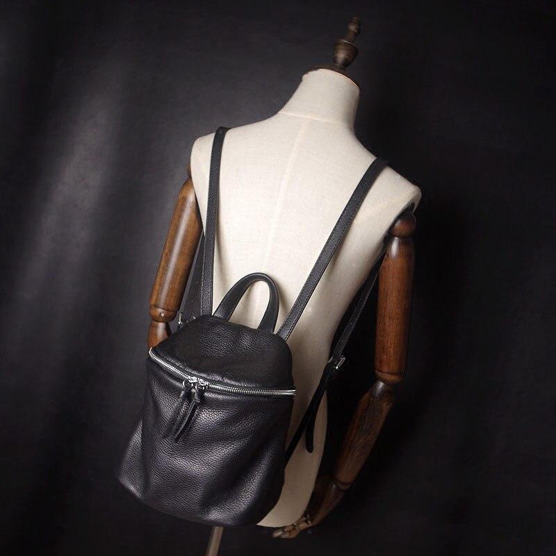 AETOO Mini Mochila de cuero para mujer pequeña mochila simple casual nueva primera capa de cuero suave mochila femenina-in Mochilas from Maletas y bolsas    3
