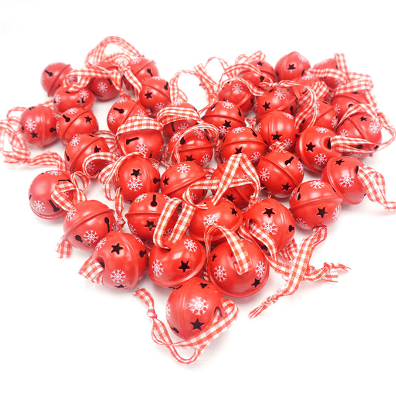 Decoração de natal 40 pçs vermelho metal floco de neve jingle sino ornamento de natal para casa 30mm festa decoração árvore pingente 2019