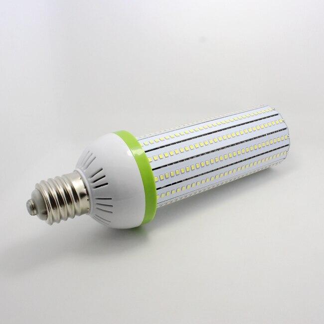 Haute qualité 60 W E40 LED lumière de maïs 6000 K économie d'énergie haute puissance lumière LED pour remplacer l'ampoule CFL conventionnelle 200 W