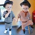 Мальчик одежда набор дети осень-зима одежда Корейский стиль casual Трикотажные полосы модная одежда шаровары + о-образным вырезом топы