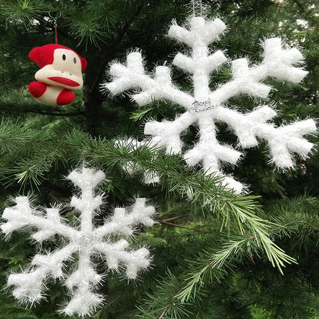 Bulk Christmas Ornaments.Us 12 52 20cm 50cm Christmas Tree White Snowflake Charms Holiday Party Festival Ornaments Decor Bulk Snow Christmas Decorations For Home In