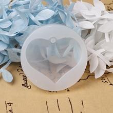 цена на Doreen Box Silicone Resin Mold For Jewelry Making Round White Heart DIY Fashion Jewelry Accessories 5cm(2) Dia., 4 PCs