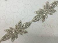 Groothandel High End Bloem Ijzer op Naai bridal sash Strass Applique trimmen Patches voor Hoed en bruiloft Decoratie