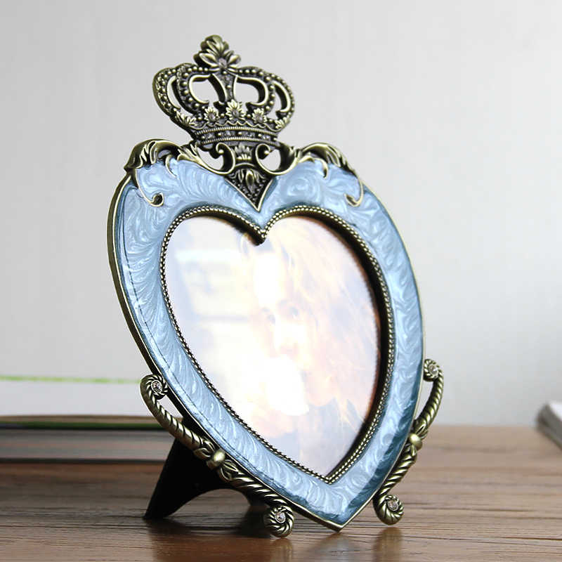 Photo Frame Silver Plated Heart Shaped Crown Design White with Pearls Jeweled Tabletop Metal Alloy Picture WZJ042