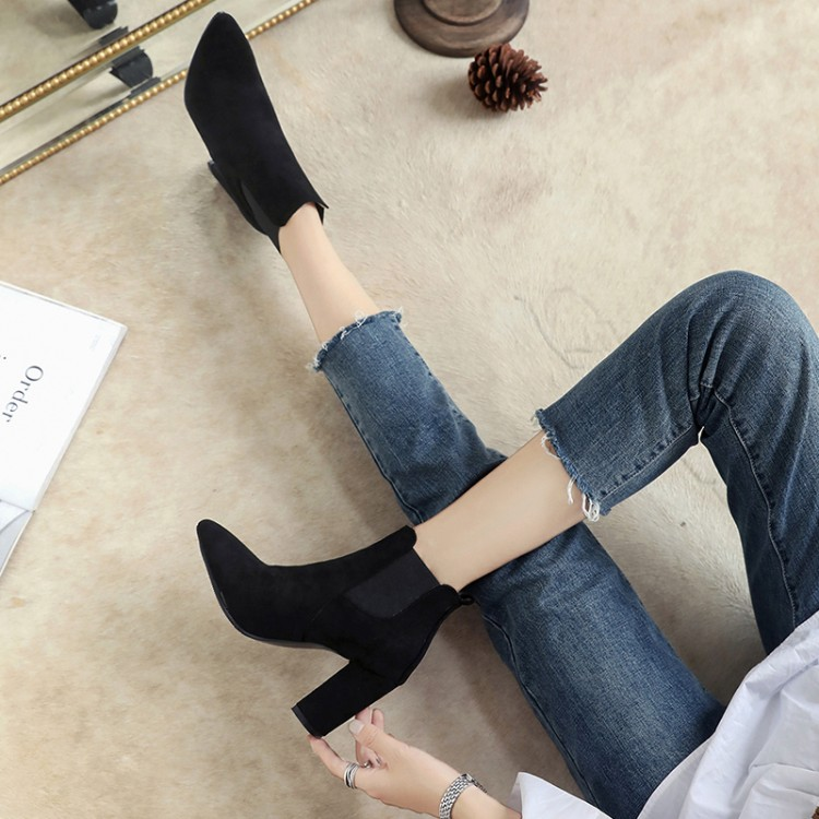 Big Size 11 12 13 14  15  Top-notch fashion trend, thick-heeled socket boots, middle-heeled bootsBig Size 11 12 13 14  15  Top-notch fashion trend, thick-heeled socket boots, middle-heeled boots