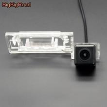 цена на BigBigRoad Car Rear View Parking Camera For Audi A4L TT A5 Q5 2009 2010 2011 2012 TTS 2013 / For Skoda Yeti Superb wagon 2013