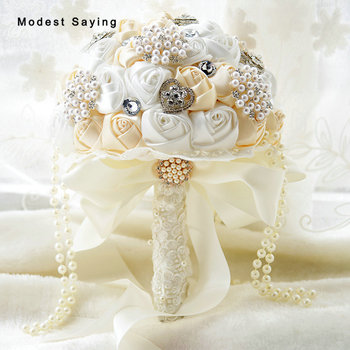 Elegant Artificial Crystal Lace Wedding Bouquets 2017 with Pearls Tassel Bridal Bridesmaid Holding Bouquets bouquet de mariage