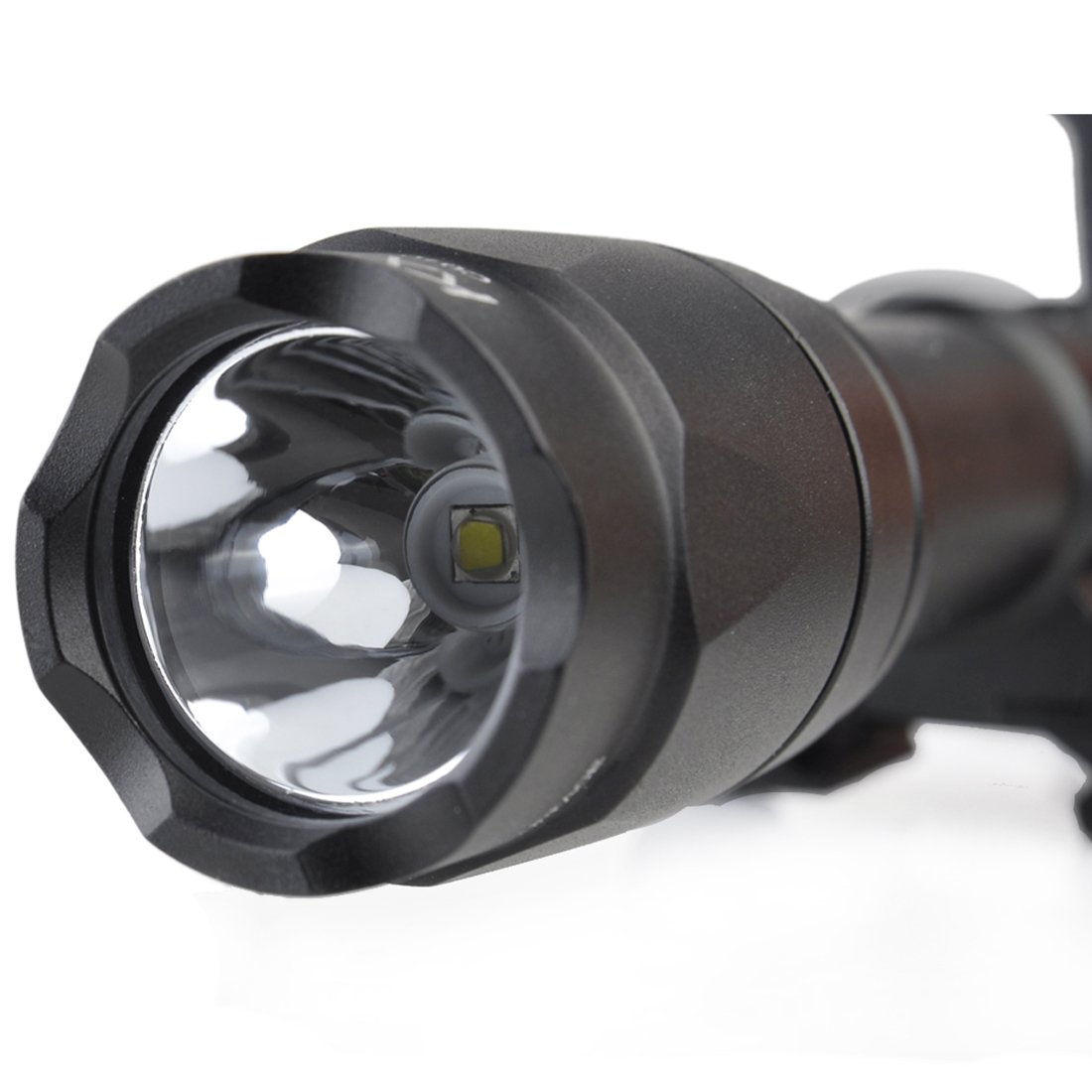 купить Surwish Tactical M600C Scout Flashlight LED Full Version for Nerf/for Airsoft Group Games - Black/Tan по цене 2845.02 рублей
