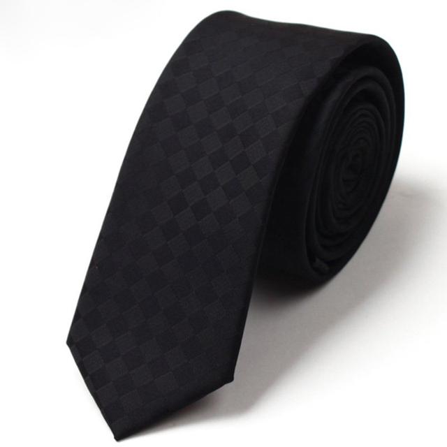 2016 Nueva Marca Diseñadores Lazos Para Hombre Corbata De Seda Corbatas estrechas Cambio Gradual de Los Hombres Classic 5 cm Corbatas Delgadas Hombres Plaid Ties Negro