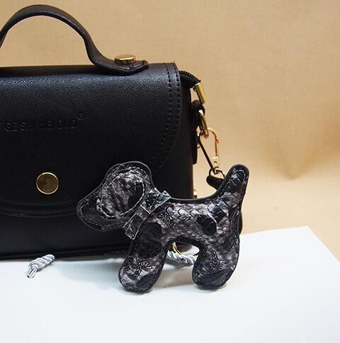 Lindo Llavero Muñeca Del Perro Llavero Accesorios Del Bolso Cartera De Mano de Cuero Real Charm Negro/rosa/beige/púrpura/gris/Oro Marrón/Burggundy