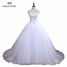NOBLE WEISS Ball Gown Wedding Dress Elegant Appliques Gown