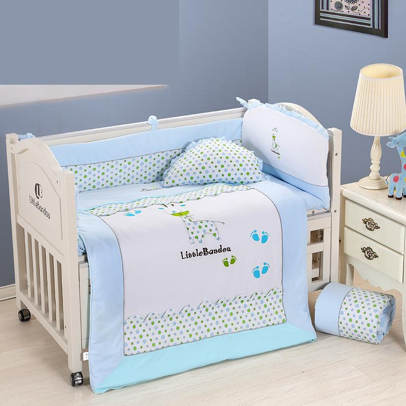 7 Pieces Baby bedding Sets Small Deer Button Printing Seven Sets Pillowx2+Bed Sheets+Bedside+Bed Cushions+ Quilt +Sheets Core6