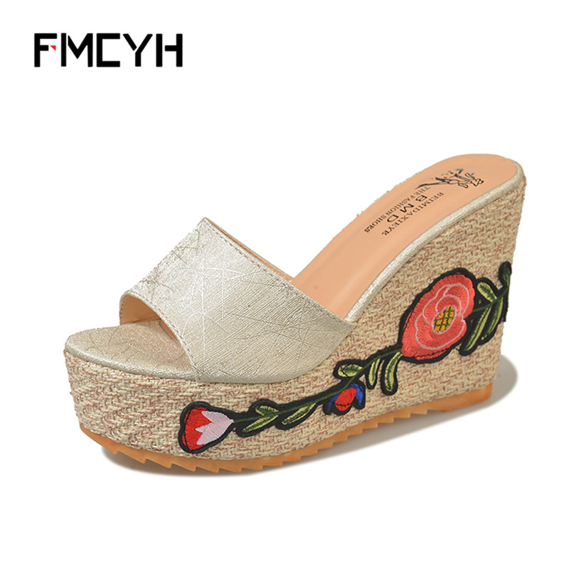 FMCYH Woman Slippers Beach Flip Flops For Women 2018 Summer Wedge Platform Sandals High Heel Flower Shoes Women Slippers Slides