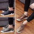 Nueva llegada de fashoin hombres brogues cordones de las zapatillas de deporte retro planos ocasionales de la plataforma zapatos de cuero genuino más tamaño: 39-44 Yjn-347