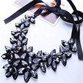 2016 Nuevo Diseño Europeo de La Vendimia Negro Collar de Cristal Acrílico Flor de La Cinta de Seda Corto Gargantillas Collar Para Las Mujeres Collar JQ547