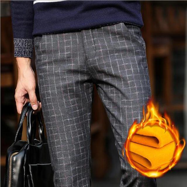 Mantener caliente de negocios pantalones pantalones de otoño e invierno pantalones calientes masculinos rectos delgados pantalones a cuadros