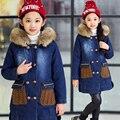 Crianças gola de pele casaco de outerwear de espessura quente jaqueta Jeans casuais Moda Dos Desenhos Animados do bebê meninas casaco de Tricô Com Capuz jaqueta jeans