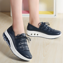 Thestron 2018 Women Leather Shoes Plus Size 41 42 Ladies Casual Sliver White Platform Walking Blue Shoes Female Lace Up Footwear цены онлайн