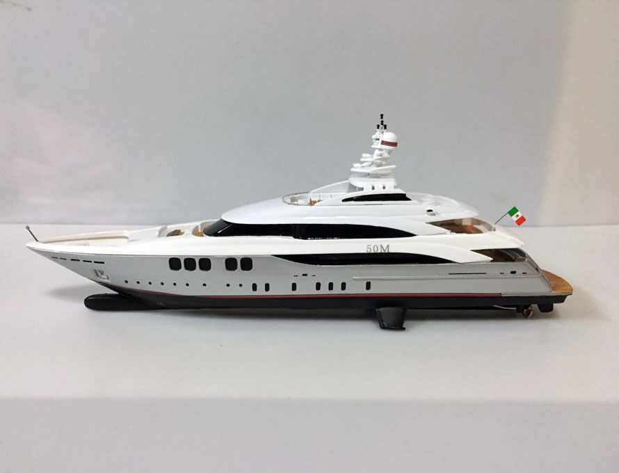 Handcrafted Yacht Boat Model 1/160 Scale Resin
