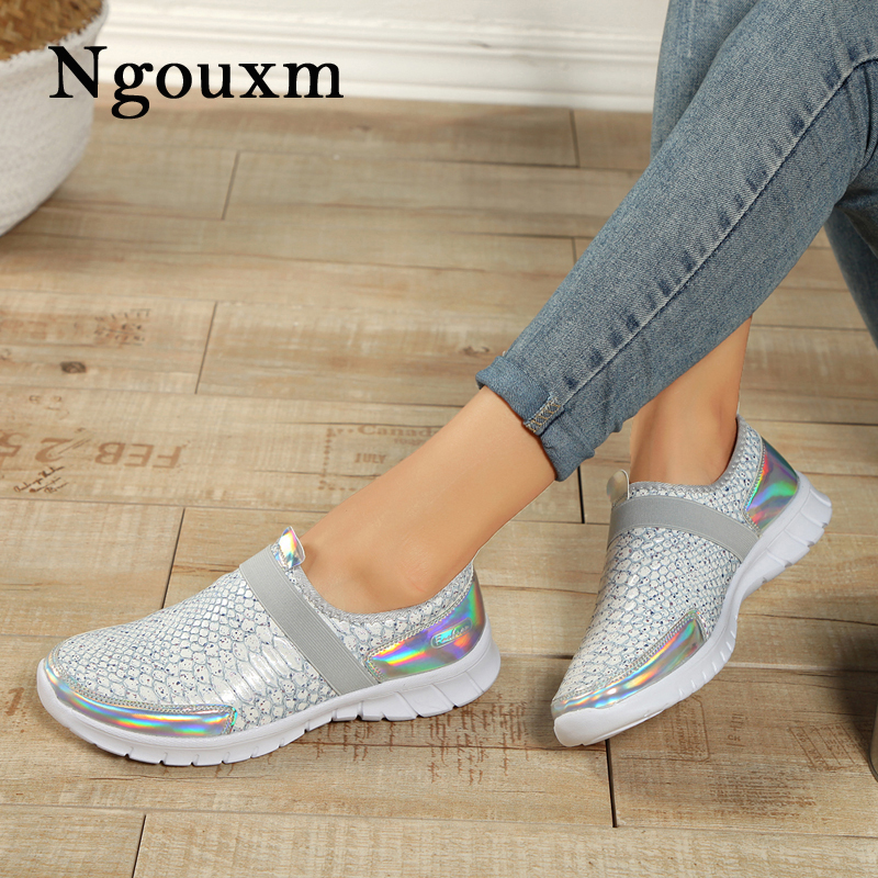 Ngouxm Women Loafers Casual Flats Shoes Woman Slip On Flats Plus Size Comfortable Sequin Ladies Shoe New High Quality цена 2017