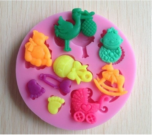 1Pcs 2018 Hot Sale Baby Trojan Shaped Food safe gum paste fondant silicone mould for cake decoration accessories tools F2148