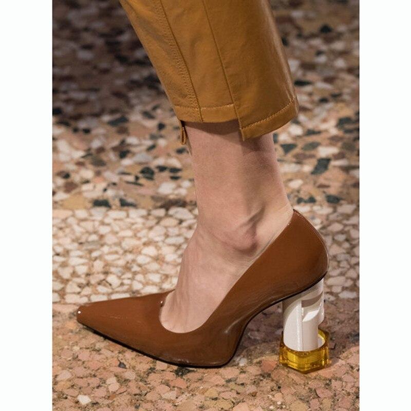 Talon Femmes Hauts Nouveau Tendance Talons Chic Pompes brown Black Bout Nouveauté Cuir En Carré Fil 2019 Verni Femme Chaussures Profonde Peu white xZIXrTqI