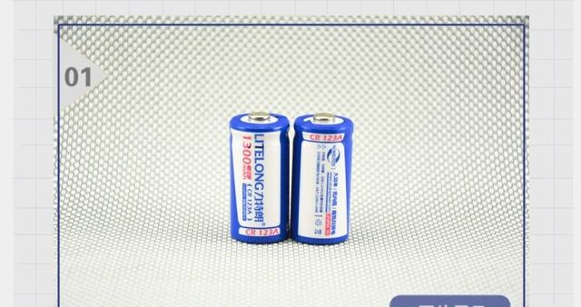 2pcs 3V 1300mAh CR123A 16340 rechargeable lithium battery Li-ion battery+ 1pcs CR123A / CR2 universal charger