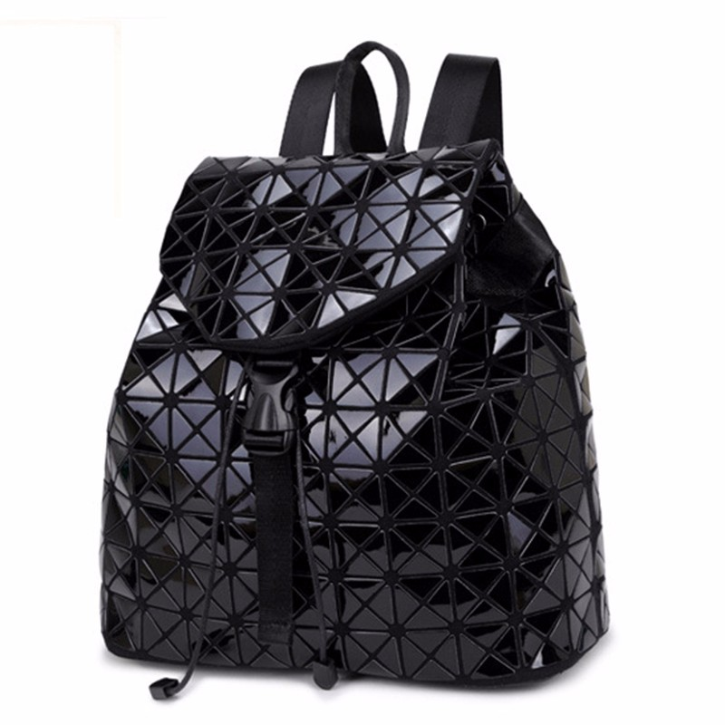 Designer-backpack-women-school-2016-backpacks-for-teenage-girls-famous-brand-travel-cycling-leather-backpack-outdoor (1)