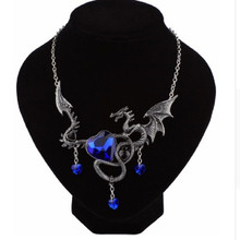 Dragon Necklace Women Men Austrian Crystal Heart Necklaces Pendant Personality Vintage Jewelry Accessory Halloween Gift
