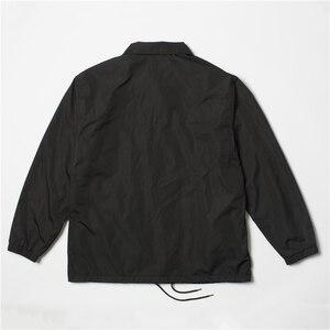 Image 3 - Nylon jaqueta de hip hop streetwear preto liso treinador blusão leve à prova d água para os homens do vintage