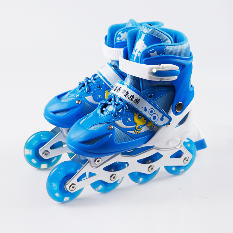 NEW 1 Pair Children Teenagers Inline Ice Skate Shoes Adjustable Washable Breathable Flash Wheels 2 Colors szblaze 6061 aluminum alloy tube clap long track ice speedskating blades frames 60hrc dislocation skate shoes knife 1 1mm frame