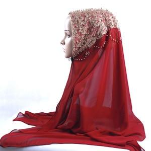 Image 1 - 새로운 도착 프리미엄 버블 쉬폰 hijab 스카프 이슬람 여성 골드 진주 반짝이 이슬람 turban 머리띠 시니 목도리 170*70cm