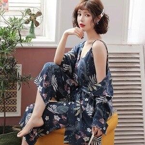 Image 1 - Nieuwe Lente Herfst Bloem Pyjama Femme Katoen Warm Pijamas Mujer Kleding Lange Mouwen Zachte 3 Delige Set Pyjama Voor Vrouwen homewear