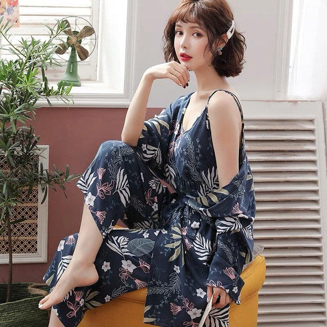Nieuwe Lente Herfst Bloem Pyjama Femme Katoen Warm Pijamas Mujer Kleding Lange Mouwen Zachte 3 Delige Set Pyjama Voor Vrouwen homewear