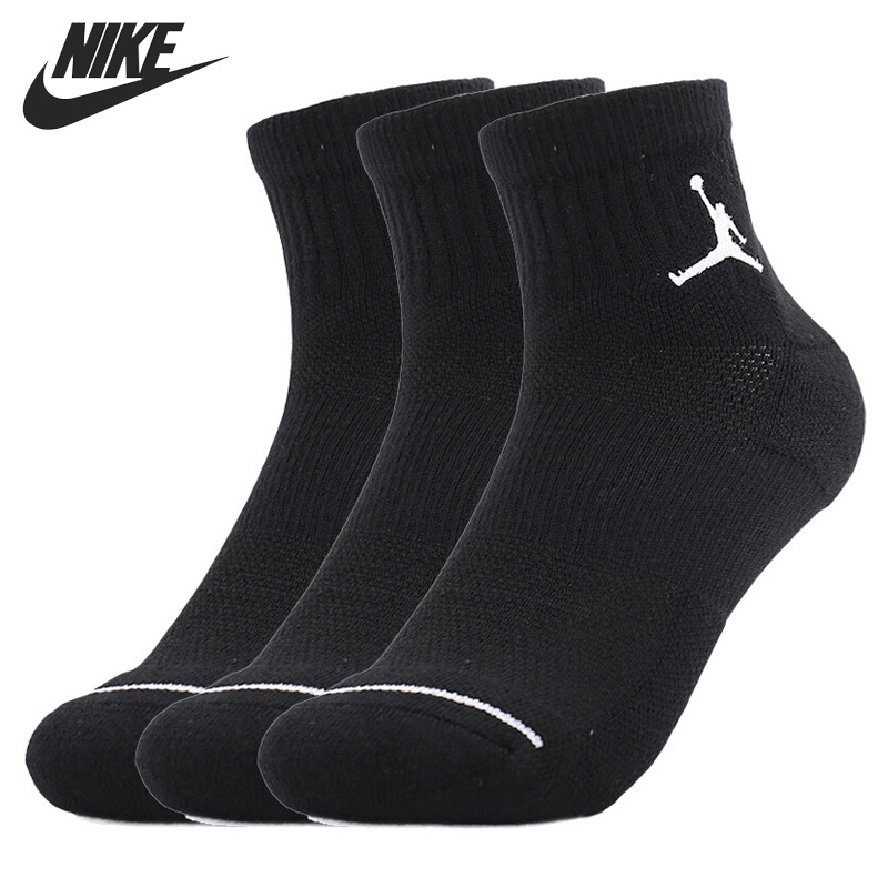 Original New Arrival  NIKE   QTR 3PPK Unisex Sports Socks( 3 Pairs )