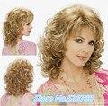 Nova Chegada-amarelo dourado das mulheres comprimento Médio do cabelo encaracolado CALOR-RESISTENTE Garantia de Qualidade FIBRA rápido Envio