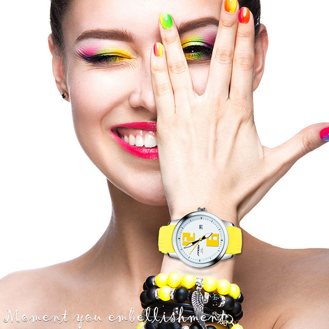 SINOBI Top marque horloge à Quartz de luxe femmes montres de sport rouge bracelet de Montre en caoutchouc dames montres Femme cadeau 2019 Montre Femme