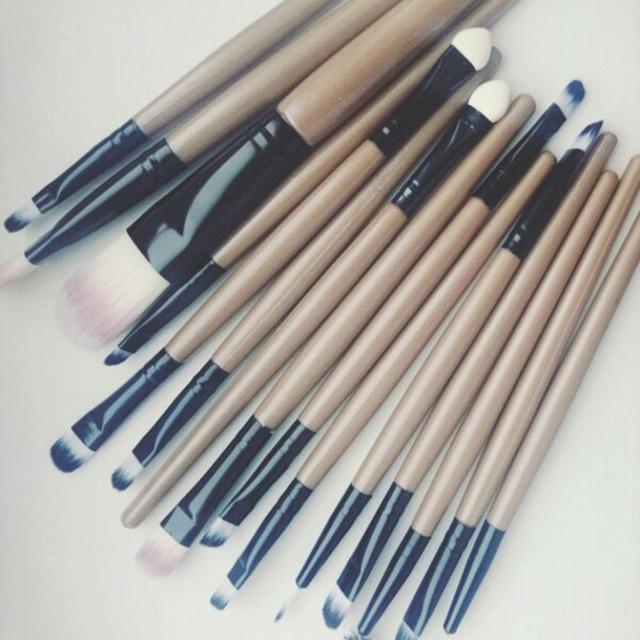 Maange 15pcs/Sets Makeup Brushes Eye Shadow Foundation Eyebrow Lip Brush Make up Brushes Tool Synthetic Hair Maquiagem 4 Colors